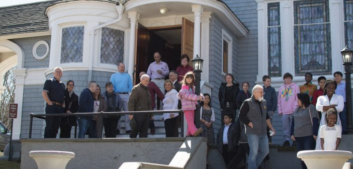 Oyster Bay's True Life Christian Worship Center Invites You to Easter Service